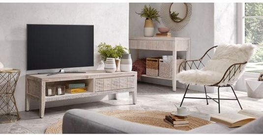 White Wash Kast : Salontafel en tv kast met white wash behandelen